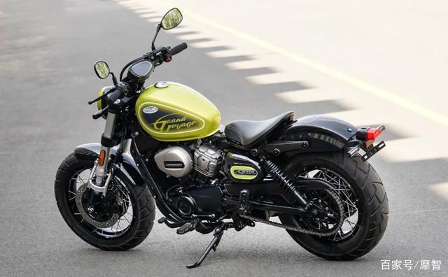 大升级更年轻更纯粹的V缸Bobber—轻骑骁胜GV300S炫版首测-第5张图片-春风行摩托车之家