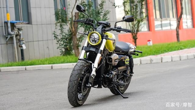 大升级更年轻更纯粹的V缸Bobber—轻骑骁胜GV300S炫版首测-第9张图片-春风行摩托车之家