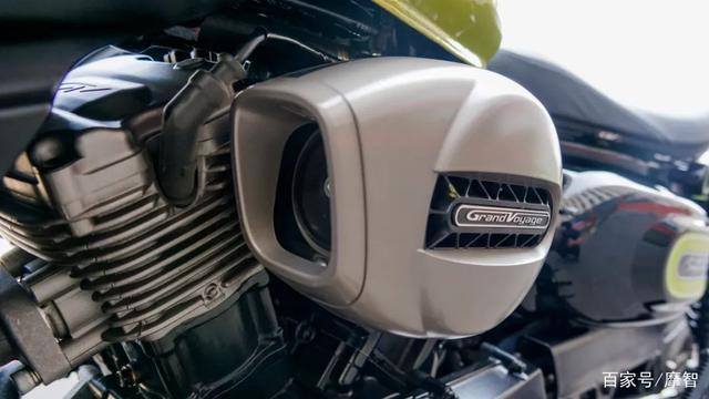 大升级更年轻更纯粹的V缸Bobber—轻骑骁胜GV300S炫版首测-第21张图片-春风行摩托车之家