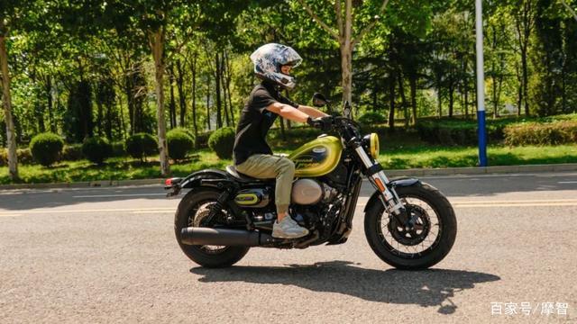 大升级更年轻更纯粹的V缸Bobber—轻骑骁胜GV300S炫版首测-第28张图片-春风行摩托车之家
