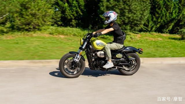 大升级更年轻更纯粹的V缸Bobber—轻骑骁胜GV300S炫版首测-第27张图片-春风行摩托车之家