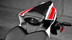 60年参战历史加冕!雅马哈YAMAHA「YZF-R1/R7/R3/R125」WGP特别版-第20张图片-春风行摩托车之家