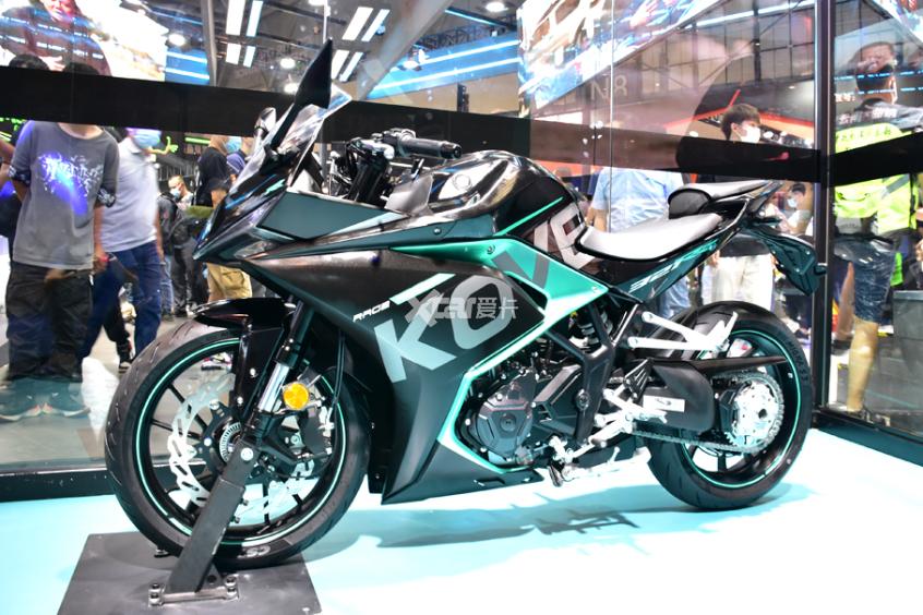 最强中量级国产跑车 凯越321RR开启预售-第5张图片-春风行摩托车之家
