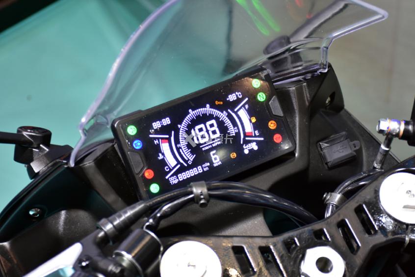 最强中量级国产跑车 凯越321RR开启预售-第9张图片-春风行摩托车之家