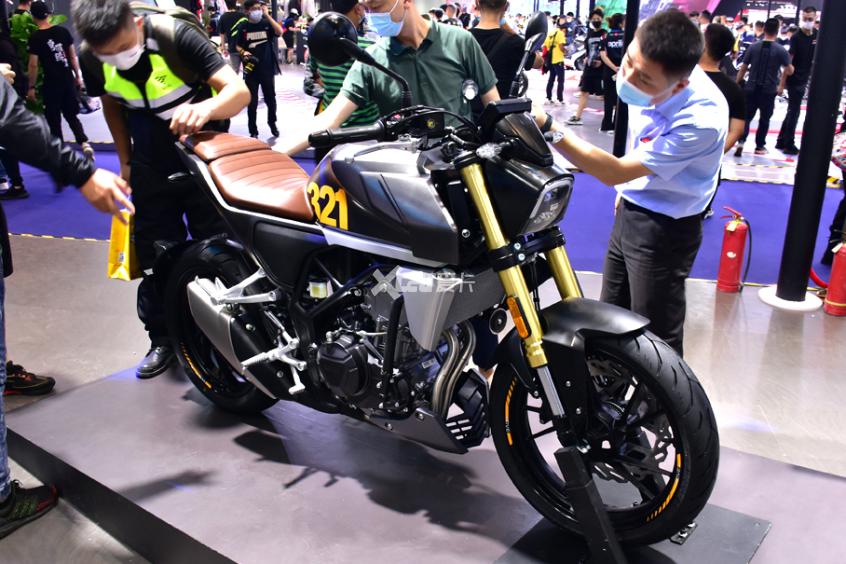 最强中量级国产跑车 凯越321RR开启预售-第16张图片-春风行摩托车之家