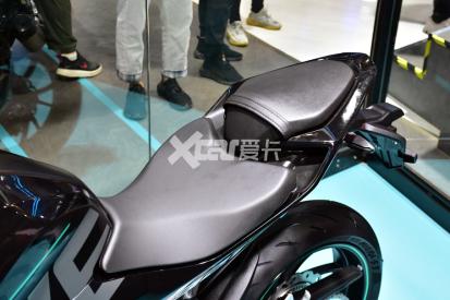 最强中量级国产跑车 凯越321RR开启预售-第10张图片-春风行摩托车之家
