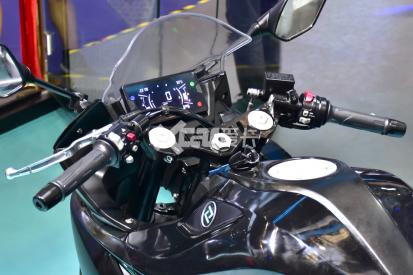 最强中量级国产跑车 凯越321RR开启预售-第11张图片-春风行摩托车之家