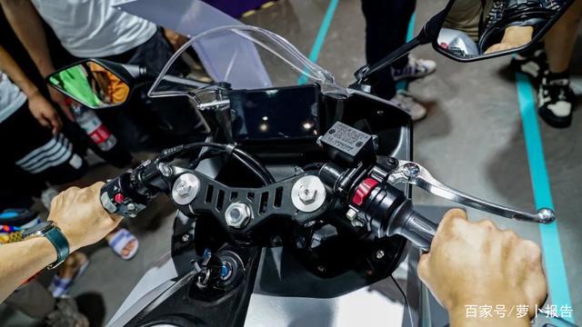 凯越321RR有多能打?来看看对手-第4张图片-春风行摩托车之家